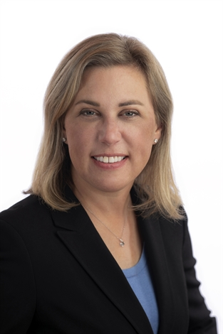 Kirsten Rabe Smolensky, JD, ISA CAPP, Antiques, Furnishings + Decorative Arts, Fine Art